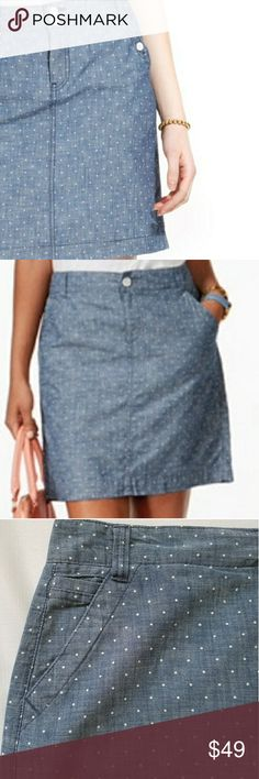 Tommy Hilfiger Polka Dots Pencil Skirt NWT Tommy Hilfiger Polka Dot pencil skirt sz 6. 100% coton. Looks like a jean skirt but the matetial is lighter and fresher, pefect for Spring and Summer. 16.5 inches waist (laying flat), lenght: 18 inches Tommy Hilfiger Skirts Mini