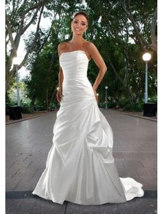 DaVinci Bridal is your ultimate destination for Bridesmaid Dresses, Designer wedding gowns and best bridal dresses online. Davinci Wedding Dresses, New Wedding Dresses, Perfect Wedding Dress, Bridal Dresses, Bridesmaid Dresses, Prom Dresses, Bodice Wedding Dress, Marie, Chic