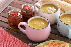 Split pea soup, A great, easy and tasty recipe for iunch. Yummy Food, Tasty, Pea Soup, Soups, Ethnic Recipes, Desserts, Tailgate Desserts, Deserts, Delicious Food