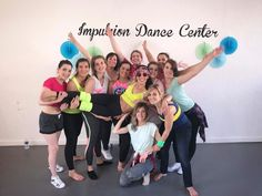 IDC est également là pour vos événements Impulsion Dance Center n'est pas une usine à cours mais un réel lieu de vie.   Organisez l'anniversaire personnalisé de vos enfants !  Tous les samedi de 17h à 18h30, un créneau est spécifiquement réservé pour cela.  La star