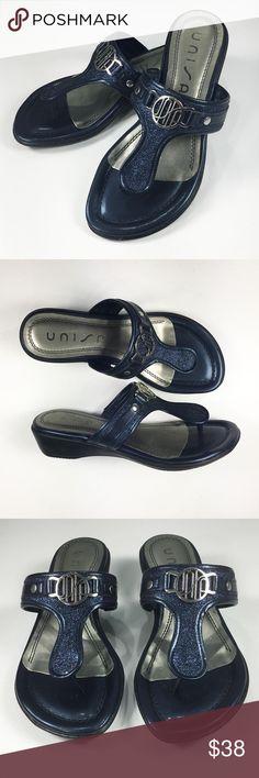 681fc6379428 NWOT Unisa 6.5 Flip Flop Sandals Navy Blue Sparkle UNISA Flip Flop Sandals.  Navy blue