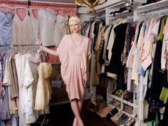 7 Tips for Organising a Clothes Swap Party ... I WANT TO DO THIS!!!