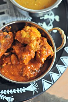 Chettinad Recipes : Thakalli Masala Kozhi (Chicken Tomato Masala)