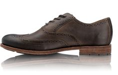 Day to night wing tips by Rockport. #shoes
