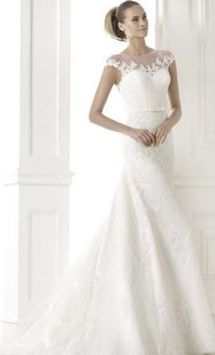 Pronovias Botica: buy this dress for a fraction of the salon price on PreOwnedWeddingDresses.com