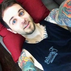 Vnewsus.blogspot.com: Vine star Curtis Lepore charged with rape by ex Jessi Smiles (VIDEO)