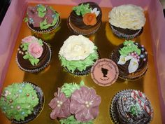 celebrate with cupcakes!!!