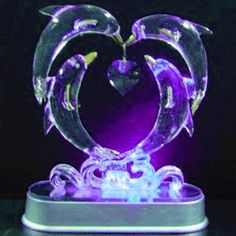 glowing ice sculptures to decorate with(: