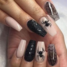 Halloween Nail Designs Halloween nail art designs - Cool Halloween nails for 2018 Ongles Gel Halloween, Cute Halloween Nails, Halloween Nail Designs, Halloween Ideas, Trendy Halloween, Halloween Party, Halloween Spider, Halloween Coffin, Holloween Nails