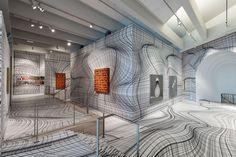 <strong>Peter Kogler es un renombrado artista austriaco</strong> que vive y trabaja en Viena, y tien...