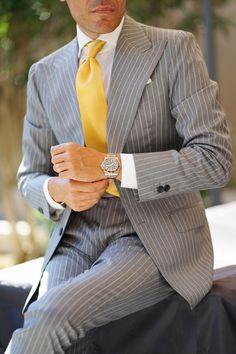 Mens Casual Suits, Mens Fashion Suits, Mens Suits, Classic Mens Fashion, Sharp Dressed Man, Well Dressed Men, Expensive Suits, Blazer Outfits Men, Suit Combinations