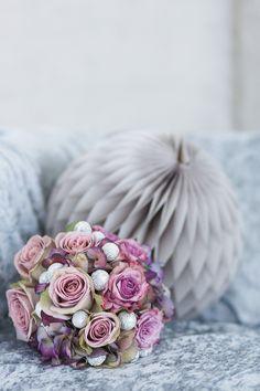 Glamourös und moderne City-Hochzeitsinspiration Photography: Julia Schick Flowers: Sylke Deierling