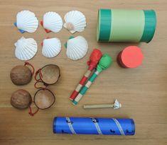 DIY muziekinstrumenten – Juf Wendy in wording Drums For Kids, Diy Drums, Music Wall, Musical Instruments, Horns, Sea Shells, Diys, Triangle, School