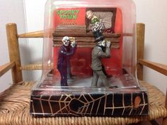 "Spooky Town LeMax Halloween Coffin ""Early To Bed"""