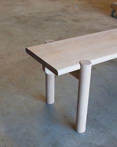 Bench seat - part of a new range we've been working on #mastfurniture #bench #furniture #oak #woodworking #furnituremaking #møbelsnedker #woodturning #möbelsnickeri