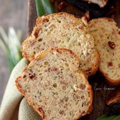Chec cu ton si rosii deshidratate / Tuna fish and dried tomatoes bread Appetizer Recipes, Appetizers, Tomato Bread, Romanian Food, Salty Cake, Dried Tomatoes, Cake Cookies, Food Inspiration, Banana Bread