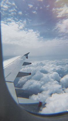 Airplane Wallpaper, Travel Wallpaper, Scenery Wallpaper, Aesthetic Pastel Wallpaper, Aesthetic Backgrounds, Aesthetic Wallpapers, Airplane Photography, Nature Photography, Travel Photography