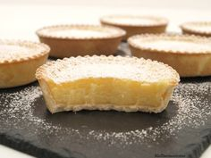 Suspiros de amante - MisThermorecetas Croissants, Delicious Deserts, Yummy Food, Sweet Recipes, Cake Recipes, Portuguese Desserts, Thermomix Desserts, Cupcakes, Muffins