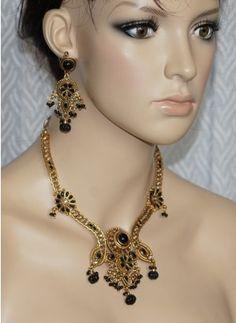 Black polki stone necklace set