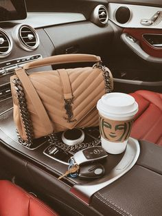 We suggest design Here you will uncover luxury purses that are best and best collection. Popular Handbags, Cute Handbags, Cheap Handbags, Cheap Bags, Prada Handbags, Cheap Purses, Handbags Online, Popular Purses, Coach Handbags