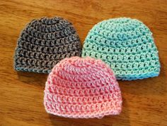 Teresa's 10 Minute Crochet Preemie Hat pattern by Teresa Bowman Very quick, easy pattern, worked in the round. Great way to use those small balls and keep a baby warm. Adjust size with different yarns and hooks. Crochet Preemie Hats, Bonnet Crochet, Crochet Beanie, Knit Crochet, Crocheted Hats, Loom Knitting, Baby Knitting, Knitting Patterns, Crochet Patterns