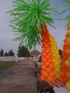 16ft. Balloon palm trees for Lua party