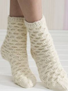 Socks by Finnish knitting magazine Novita Wool Socks, Knitting Socks, Hand Knitting, Knitted Hats, Crochet Slippers, Crochet Yarn, Knitting Machine Patterns, Knitting Magazine, Stocking Tights