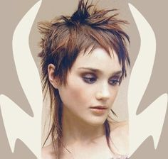 Short, spiky hairstyles are very popular with women because they can suit so many styles! An edgy, punky style goes brilliantly with short spiky hair, but it. Short Spiky Hairstyles, Girls Short Haircuts, Hairstyles 2016, Short Punk Hair, Short Hair Cuts, Short Bangs, Short Pixie, Mullet Hairstyle, Corte Y Color