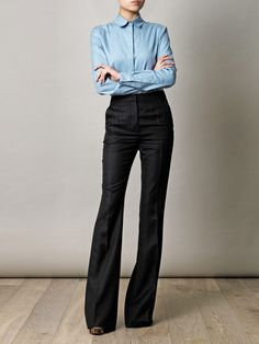 Stella Mccartney high waisted trouser- my kind of official 'time to get shit done' outfit Office Fashion, Business Fashion, Work Fashion, Fashion Outfits, Looks Style, Style Me, Ropa Semi Formal, Stella Mccartney, Bon Look