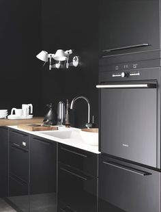 Pinterest_Blackkitchen