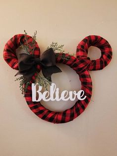 Disney Buffalo Plaid Christmas - Holiday Wreath - Red and Black with Believe Sign Artificial fir tree as Christmas decoration? A synthetic Christmas Tree or a real one? Mickey Christmas, Plaid Christmas, Christmas Holidays, Christmas Ornaments, Disney Christmas Crafts, Christmas Christmas, Christmas Mantles, Cowboy Christmas, Christmas Villages