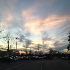 Wispy clouds (Winnipeg, MB)