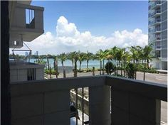 """#ForRent 1/1 800 West Ave 240, #MiamiBeach, FL 33139 $1,700 Text """"SouthBayClub"""" to (305) 363-6273 for more info"""