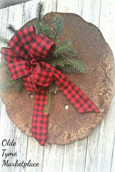 Plow disc wreath I made up for the Open House Western Christmas, Cozy Christmas, Primitive Christmas, Country Christmas, Christmas Time, Christmas Wreaths, Christmas Crafts, Xmas, Recycled Garden Art