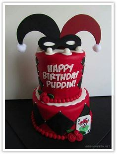 I need to make this for my friend! I just need to learn how to fondant.