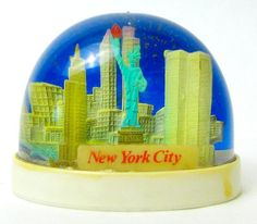 New York City, NY [snow globe] by Vaguely Artistic----Had to have been before 9/11
