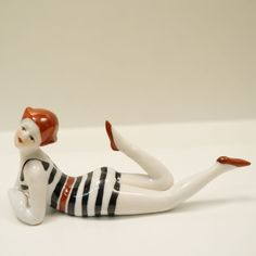 Figurine Baigneuse Pin-up Sexy Style Art Déco-allemand Porcelaine