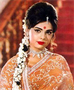 Always love Mumtaz's make up. So classy!