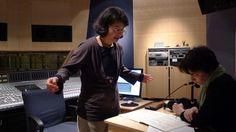 Kimiko Ishizaka explaining a musical concept to Anne-Marie Sylvestre.