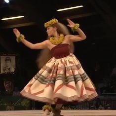 jpのWat's New Hawaii Hula Girl Tattoos, Hawaiian People, Polynesian Art, Hawaii Style, Hula Dancers, Hippy, Disney Princess, Aesthetic Wallpapers, Beauty