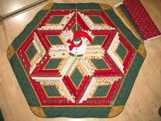 Christmas Tree Skirt Quilt  Scrappy Christmas 113 by QuiltinWaYnE, $109.00