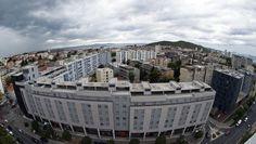 Prezentirane prosječne tražene cijene za kvadrat stana, izražene u eurima, u 20 hrvatskih gradova rezultat su podataka do kojih smo došli pregledom ponude na internetu te informacija dobivenih iz više...