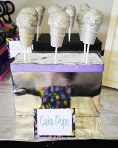 Allison's Hip Hop 10th birthday party | CatchMyParty.com