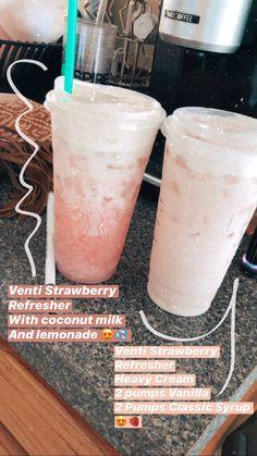 Starbucks Smoothie, Healthy Starbucks Drinks, Yummy Drinks, Starbucks Strawberry, Strawberry Drinks, Healthy Drinks, Starbucks Secret Menu Drinks, Starbucks Hacks, Starbucks Food