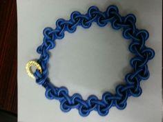 nudo en tonos azules