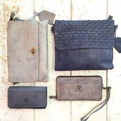 Maak je outfit helemaal af met een Bear! #tas #portemonnee #clutch #blauw #leer #shoppen #outfit #ootd #inspiratie #fashion #bags #beardesign #viacannellacuijk #woonwinkel
