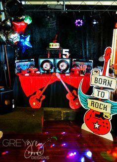Versier je Feest: Born to Rock - verjaardag voor de stoere knul