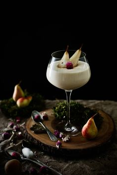 curd mousse with pears poached in purple perpetual tea # Cottage cheese mousse with poached pears in spicy purple globe amaranth tea