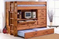Küçük bir evde yaşıyorsanız ve yatak odanız büyük mobilyalar için uygun değilse bu yatak tasarımları size göre.  İşte kimi tavandan asılı, kimi tuvaletin üstünde, kimi dolabın içine saklanmış ilginç yataklar: