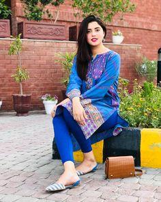 "کنول آفتاب 🦋 on Instagram: ""I know who I'm so don't worry about me ☺️ . . . . . #kanwalaftab #unidiaries #anchor #host #ucp #urdupoint"" Beautiful Suit, Beautiful Girl Indian, Indian Bridal Fashion, Indian Girls Images, Indian Actress Hot Pics, Thing 1, Pakistani Outfits, Pakistani Kurta, Spring Fashion Outfits"